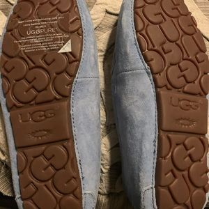Ugh house shoes
